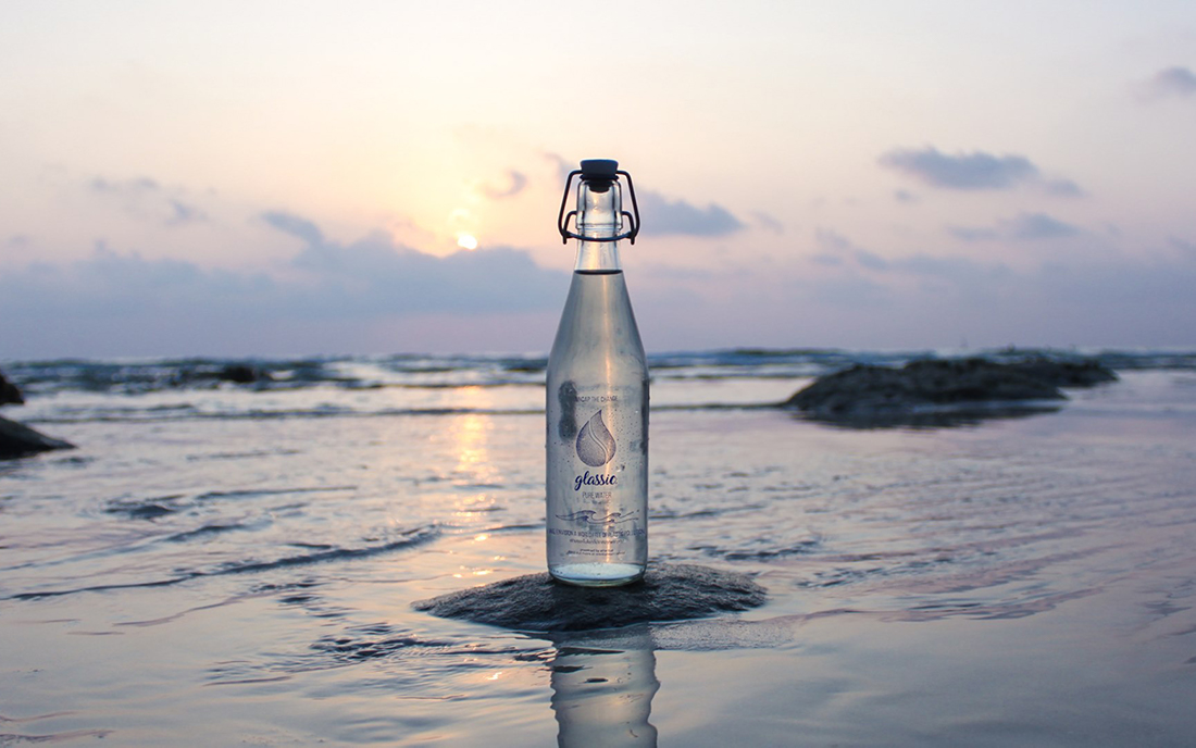 Glassic – Reusable bottles against plastic waste on Thailand's beaches